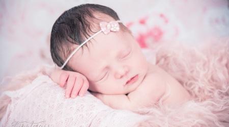 babyfotos babyfotograf nürnberg zirndorf newbornphotography babys neugeborene ld -27