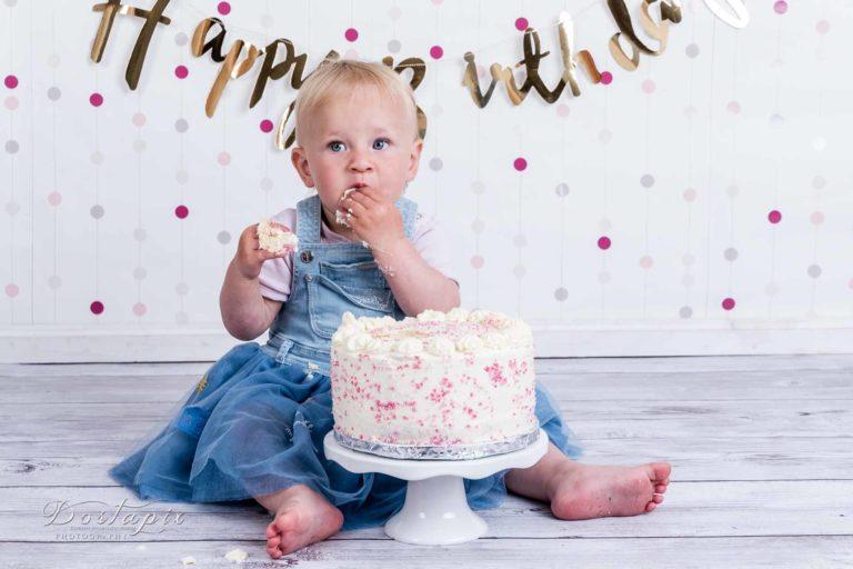 cakesmash kuchenmatsch shooting kinderfotos kinderfotograf fotograf nürnberg fürth erlangen zirndorf cake smash